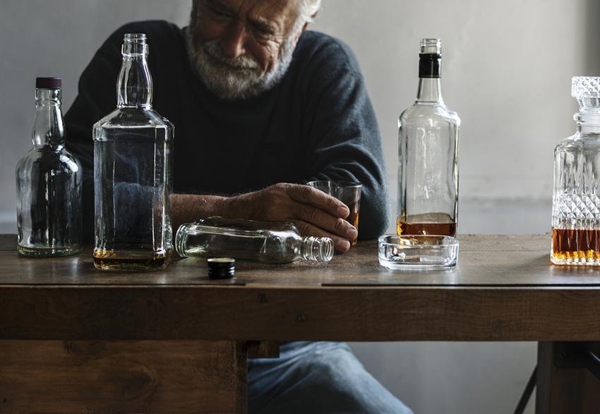 •Сколько умирает от алкоголя